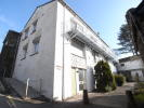 2 bedroom Flat in Flat 2 Brantfell House...