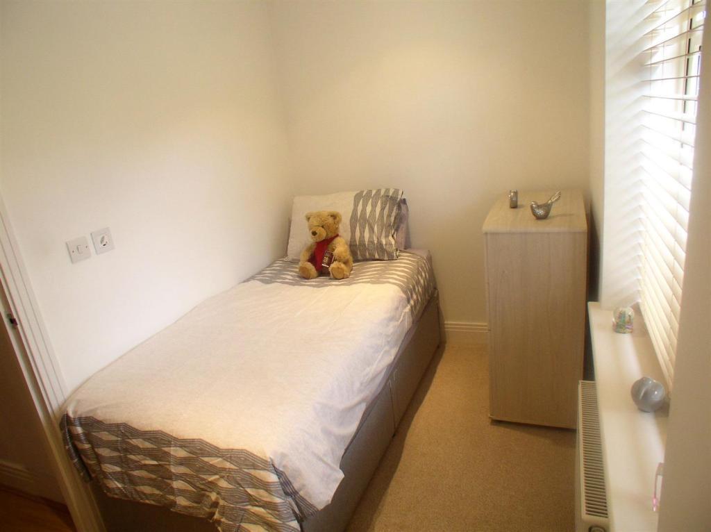 4 Thames Walk bed 2.