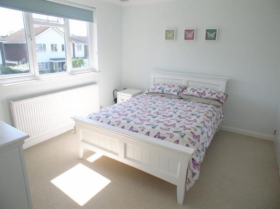 28 St Martins bed2.j