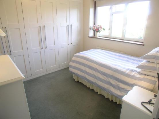 44 Wolsey Drive bed3