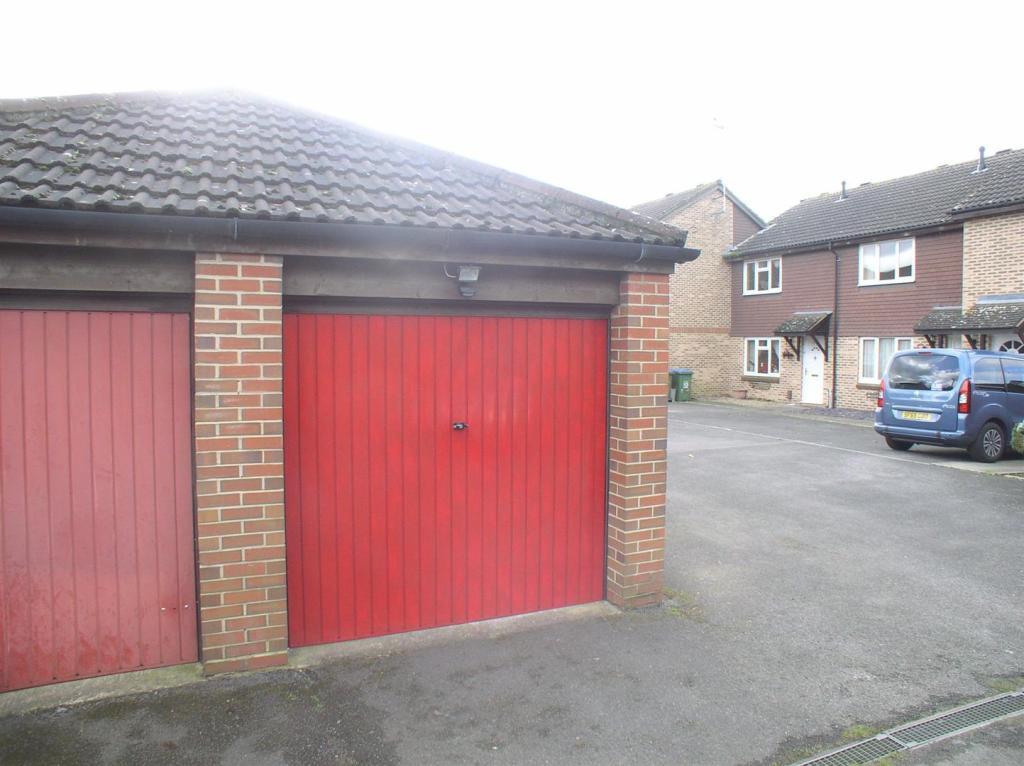 18 Shaw Drive garage