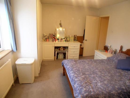 7 Churchfields bed 1