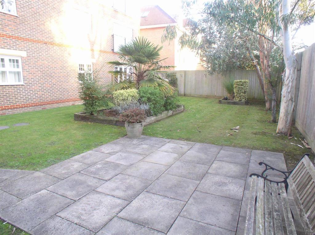 9 Raphael ct garden.