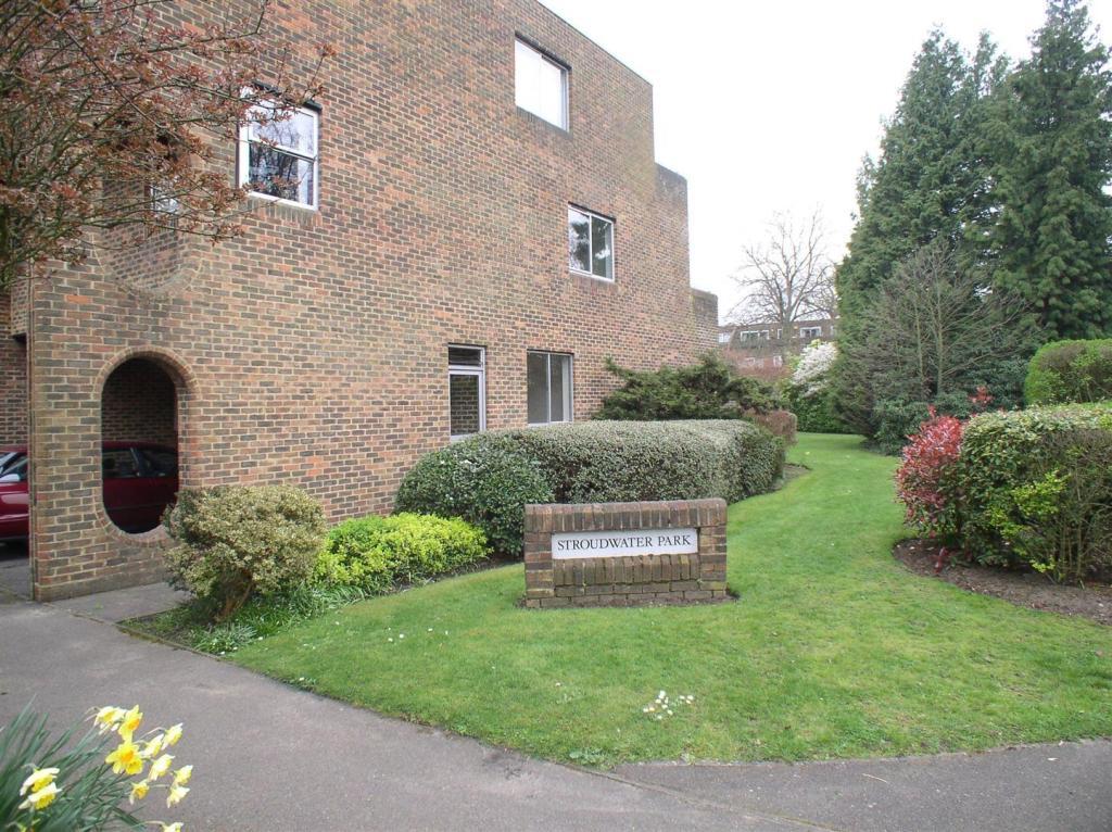 1 Stroudwater Park E