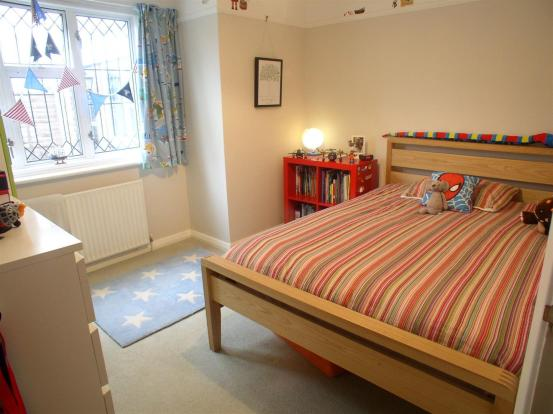 23 Shaldon Way bed2