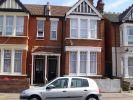 2 bed Flat in Burdett Avenue...
