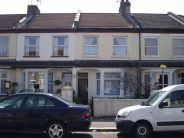 Wakering Avenue Flat to rent