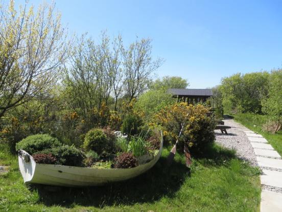 Garden Surroun...