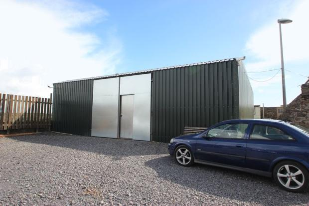 Yard Outbuilding