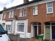 2 bedroom Maisonette in Delamare Road, Cheshunt...