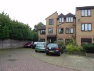 Flat for sale in Mapleleaf Court...