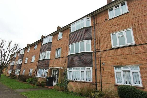 2 Bedroom Flat For Sale In Severn Drive Enfield Greater