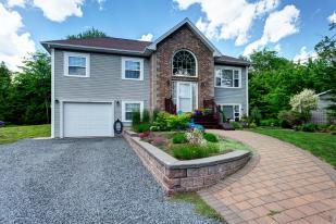 4 bed Detached home for sale in Hammonds Plains...