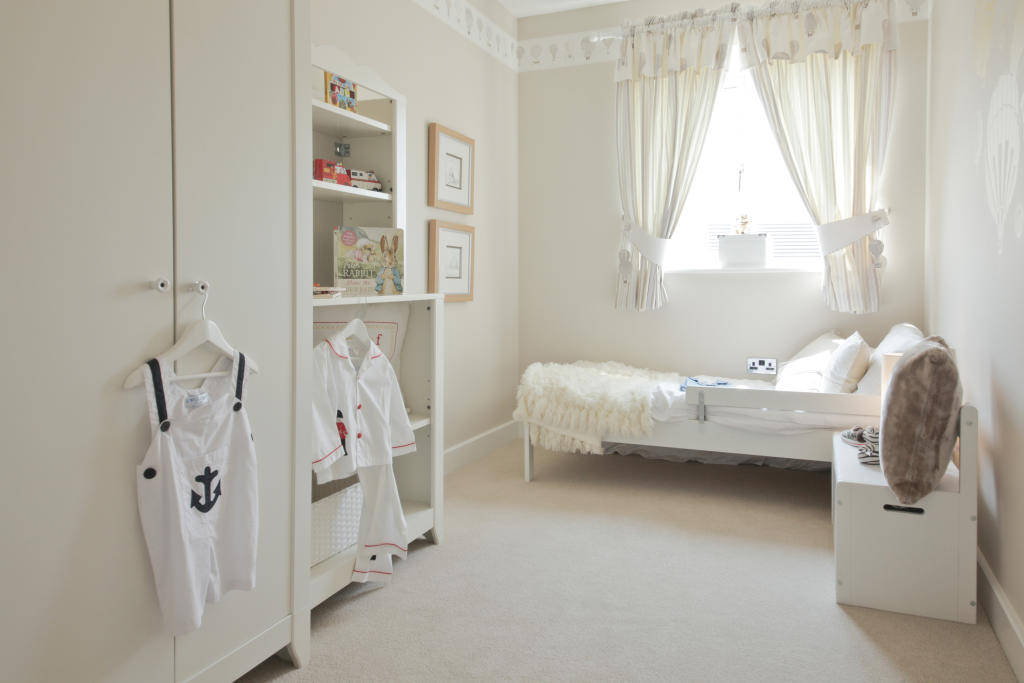 Astley_bedroom