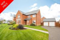 Detached property in 3 Villa Dean Park...