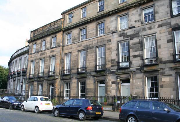 3 bedroom flat for sale in 15 1 carlton terrace new town for 3 regent terrace edinburgh eh7 5bw