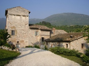 6 bedroom Character Property in Le Marche, Macerata...