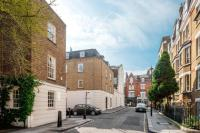 Flat for sale in Passmore Street, London...