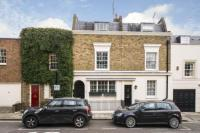 4 bed Terraced property in Graham Terrace, London...