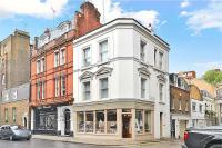 Flat to rent in 16 Pont Street, London...