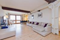 2 bed Flat in New Crane Wharf...