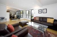 2 bed Flat for sale in Pierhead Wharf...