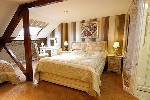 _MG_1817_rooms%204.j