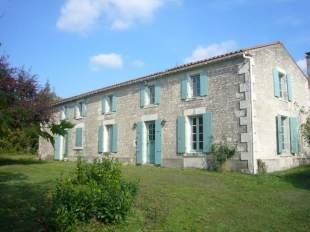 4 bed Detached property in Pays de la Loire, Vend�e...