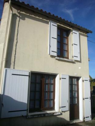 2 bed Detached property in Le Busseau, Deux-Sèvres...