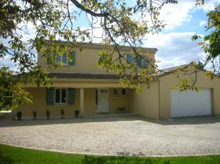4 bedroom Detached property in Pays de la Loire, Vend�e...
