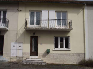 4 bedroom Terraced home in Poitou-Charentes...