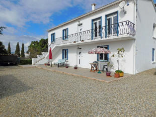 4 bed Detached house in Gaja-et-Villedieu, Aude...