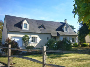 3 bedroom Detached house for sale in Pruniers-en-Sologne...