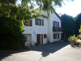 6 bed Detached property in St-Paul-en-Gâtine...