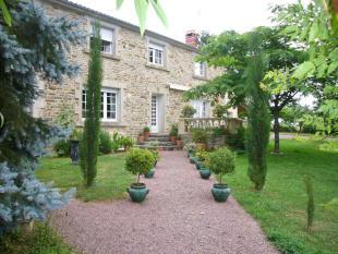 Detached home in Ste-Hermine, Vendée...
