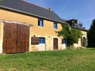 4 bed Detached house in Marçon, Sarthe...