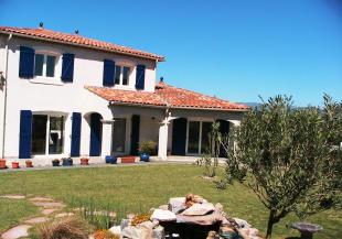 4 bedroom Detached home for sale in Prades-sur-Vernazobre...