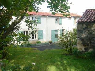 6 bed Detached property in Mouilleron-en-Pareds...