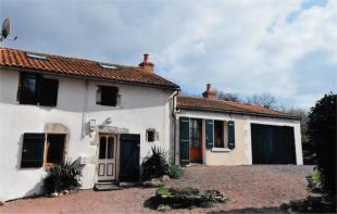 Cottage for sale in Pays de la Loire, Vend�e...