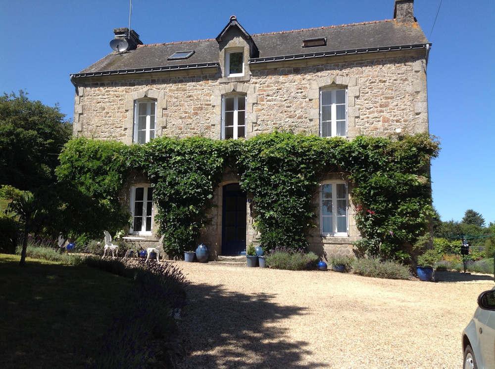 Detached house for sale in Langoëlan, Morbihan...