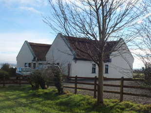 4 bedroom Detached Bungalow in Sligo, Monasteraden