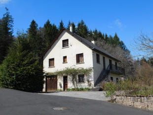 4 bed property in NEUVIC, Limousin