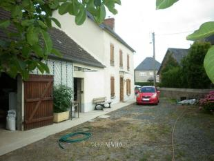 ISIGNY SUR MER property for sale