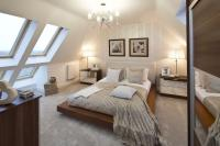 5 bedroom new house in Chapelford...