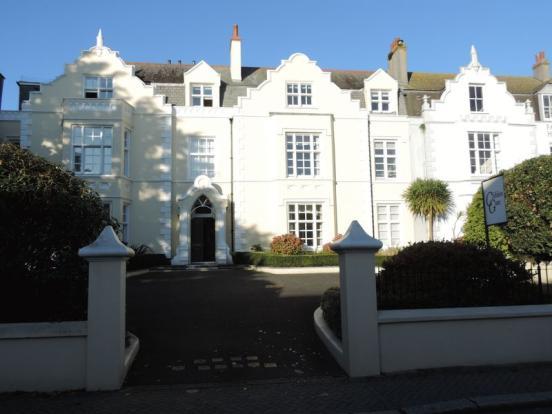 Clifden Gate
