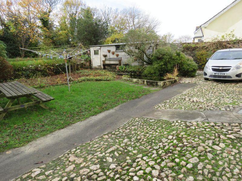 Garden/ parking