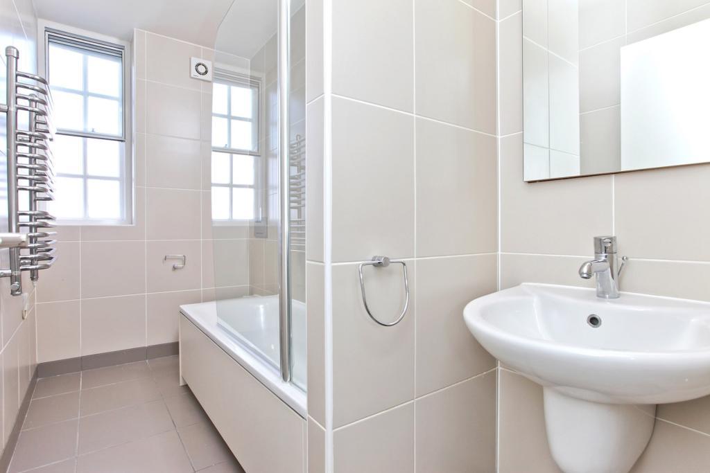 Bathroom Cygnet Hous