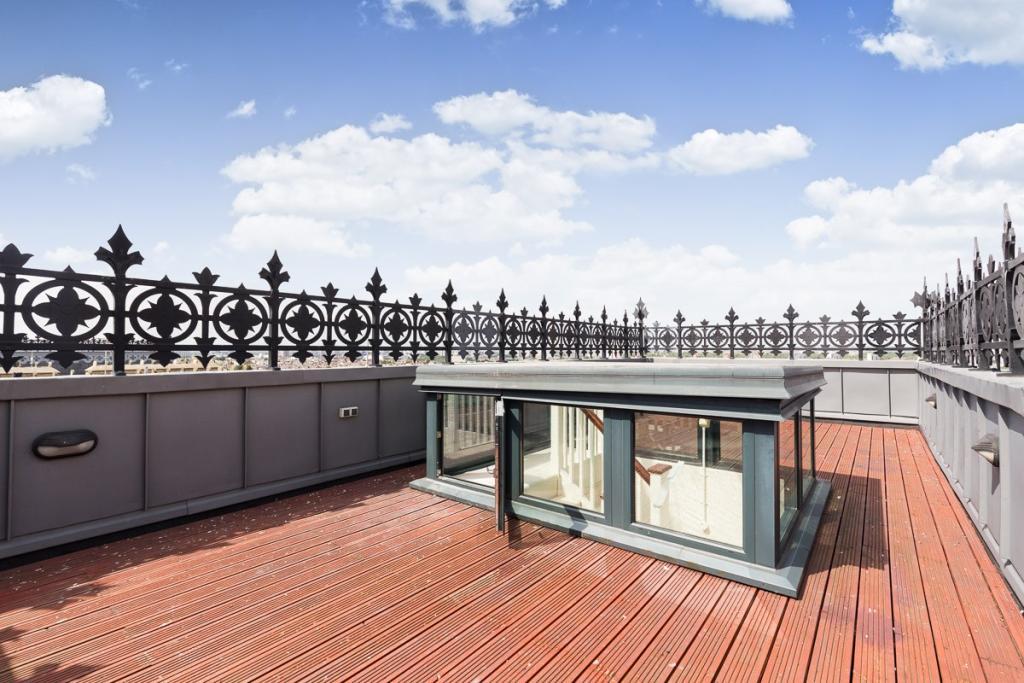 CCNS - Roof terrace