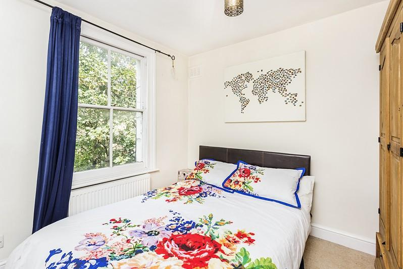 Battersea Rise - Bed