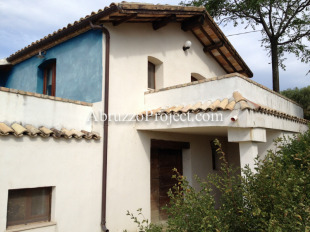 3 bedroom Detached property in Abruzzo, Chieti, Casoli